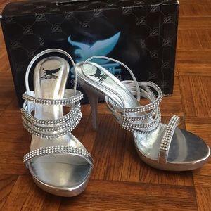 Rhinestone sparkly high heels sz 6.5 silver Shekk